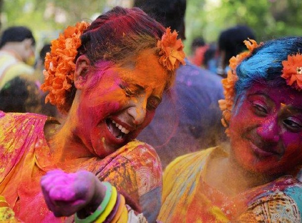Images Holi 2018 in Bengali