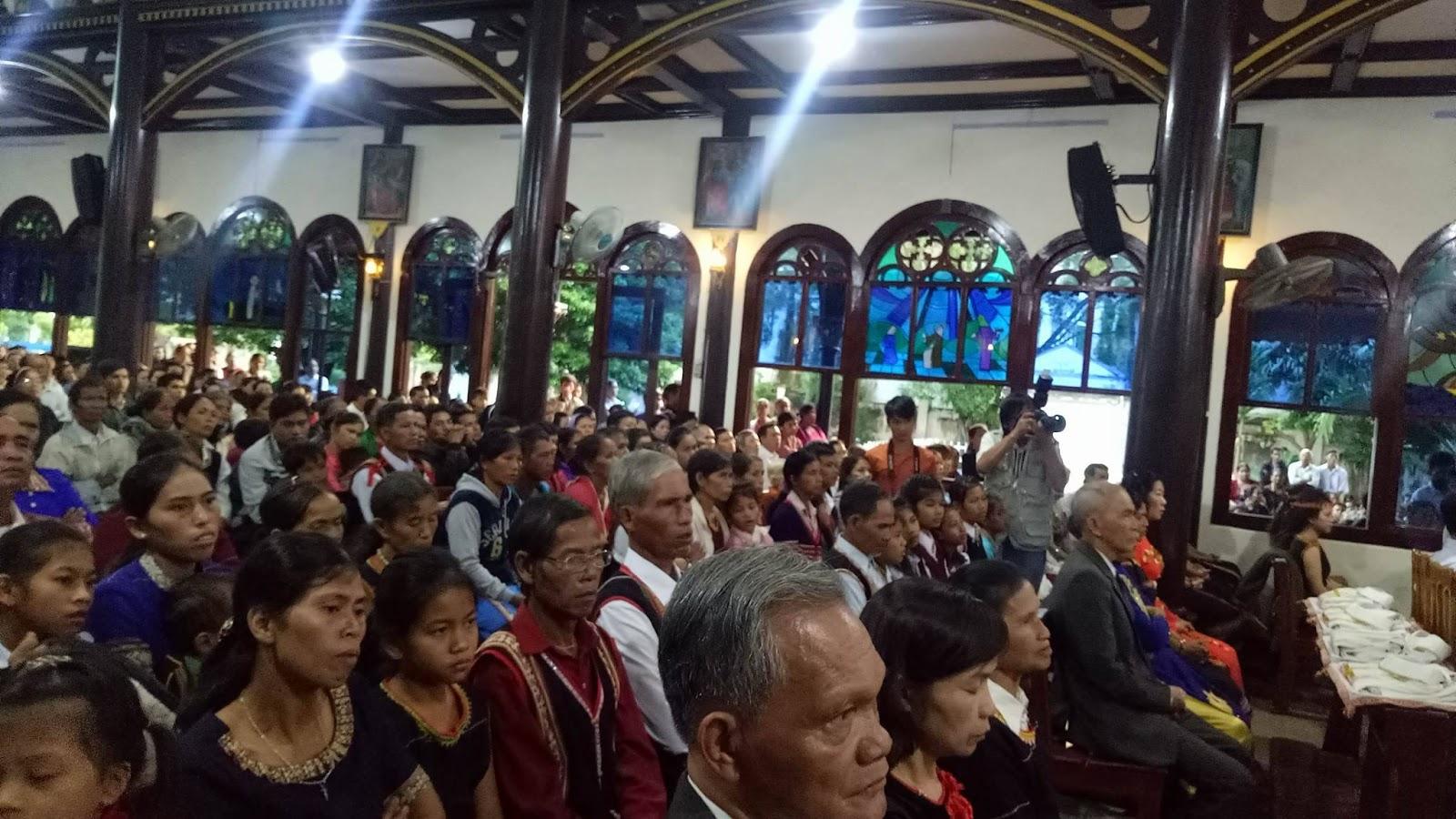 Thánh Lễ Truyền Chức Linh Mục Giáo Phận Kontum 2017 - Ảnh minh hoạ 21