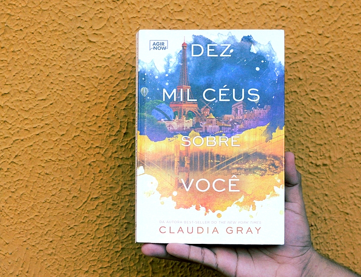 Resenha Dez Mil Céus Sobre Você; resenha Claudia Gray; Dez Mil Céus Sobre Você Claudia Gray; resenha harper collins brasil;