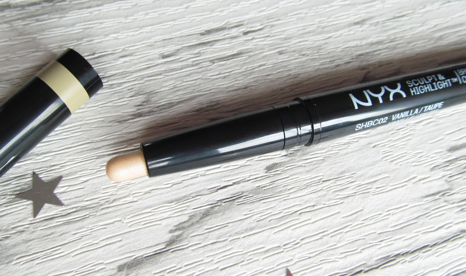NYX sculpt and highlight review