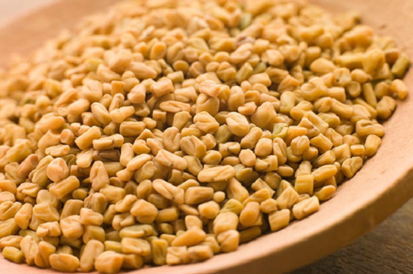 What are the benefits of eating fenugreek on an empty stomach