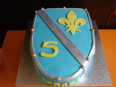 tarta fondant escudo