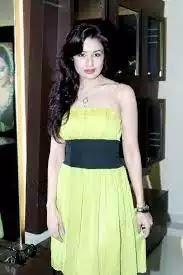 Yuvika Chaudhary biography in hindi