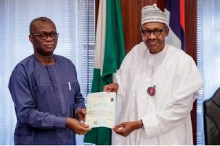 Atiku frowns, as Buhari tenders WAEC certificate before Tribunal