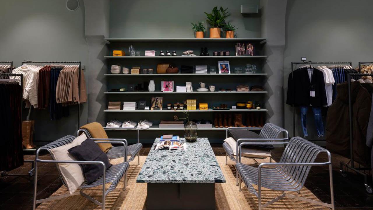 H&M, su colaboración con el irreverente Jonathan Adler y su nuevo concepto de tienda en Berlín