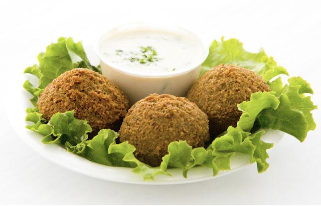 falafel with dip