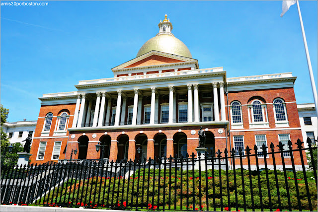 Entrada Bulfinch del Massachusetts State House, Boston