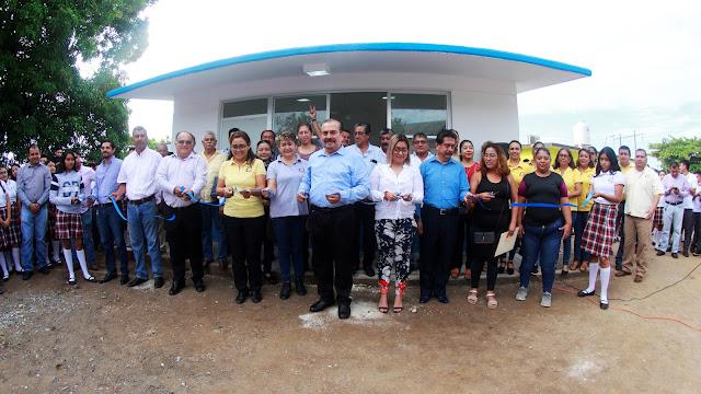 Construcción de aula en Telebachillerato Los Reyes beneficia a 26 centros escolares