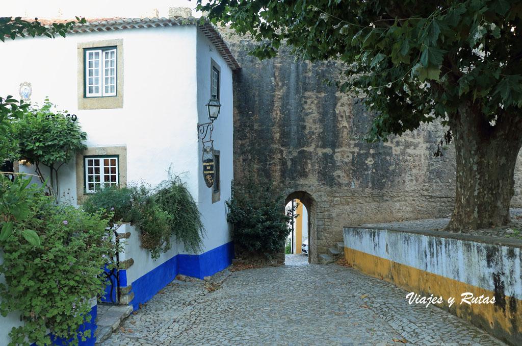 Puerta de la muralla de Óbidos