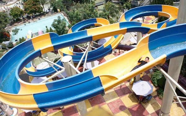 Wisata air di Jakarta Atlantis Water Adventure Ancol
