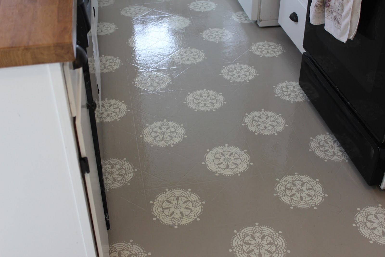 work with what you got painted kitchen linoleum kitchen flooring