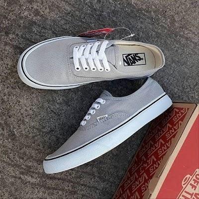Sepatu Vanesa Anggel Grey