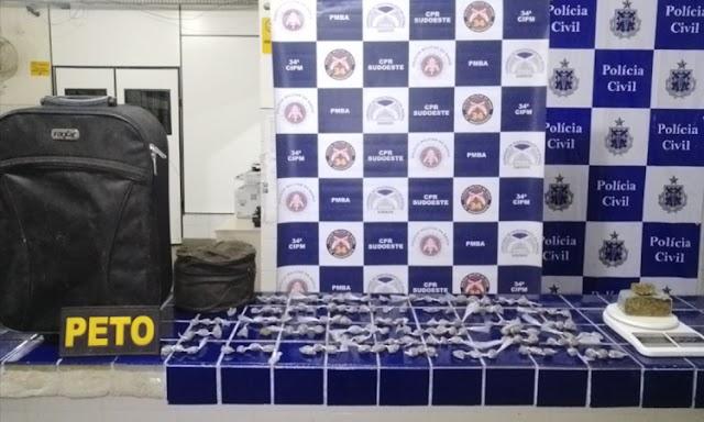 Polícia Militar apreende mala recheada de drogas em Ibicoara
