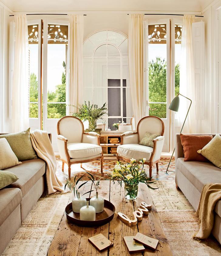 079cb224c92d1c ... seu interior reflete essa beleza conjugada com móveis e acessórios  vintage, muito conforto e altas e amplas janelas que invadem de luz o seu  interior ...