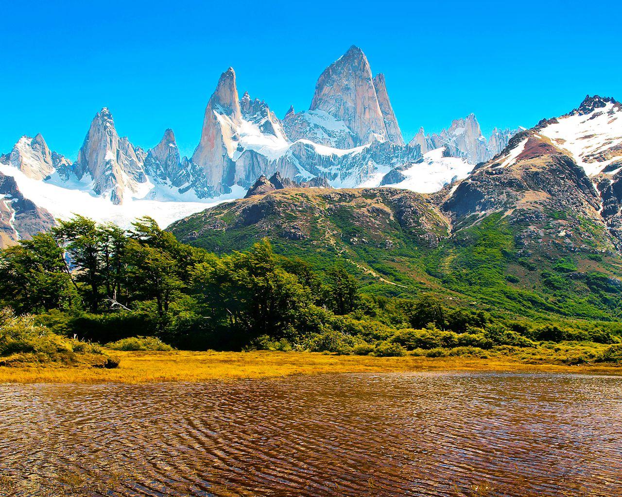 Wallpapers Montañas Nevadas: Montañas Nevadas En La Patagonia, Argentina.