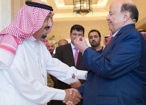 برحيل 24...العاهل السعودي يستقبل بطنجة الرئيس اليمني