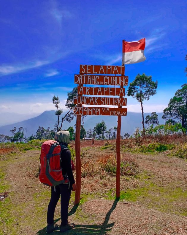 6 gunung artapela @kakaryani_ puncak sulibra artapela