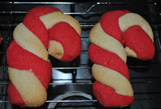Candy Cane Cookie tutorial