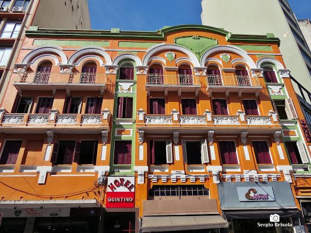 Vista da fachada do Hotel Quintino - Centro - São Paulo