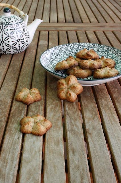 Galetes de taronja i espelta per esmorzar o berenar