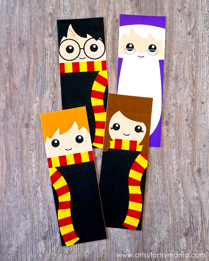 Free Printable Harry Potter Bookmarks at artsyfartsymama.com