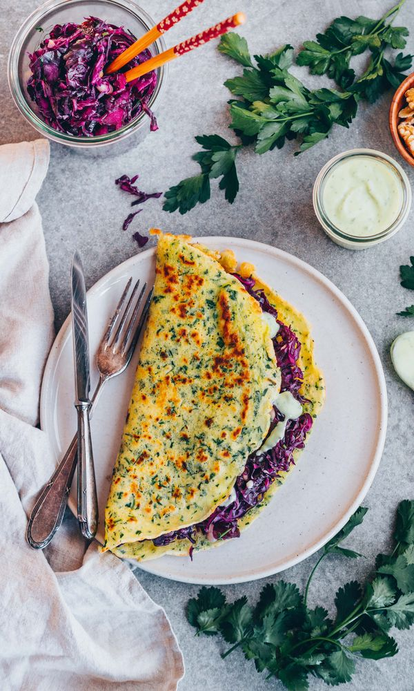 3.Herb Crepes with red cabbage filling Finding it hard to stay healthy at Christmas? 30+ Healthy Christmas Dinner Ideas for Entire Christmas Month. make christmas dinner | christmas dinner ideas | dinner ideas christmas | dinner christmas #vegan #christmas #christmasdinner #dinnerrecipes