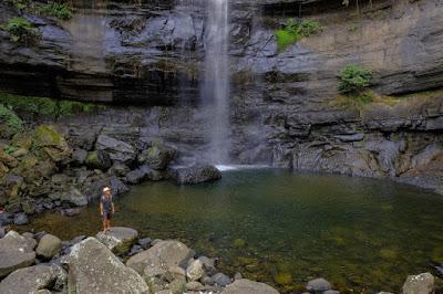 Obyek wisata hits Air Terjun Karawa di makasar