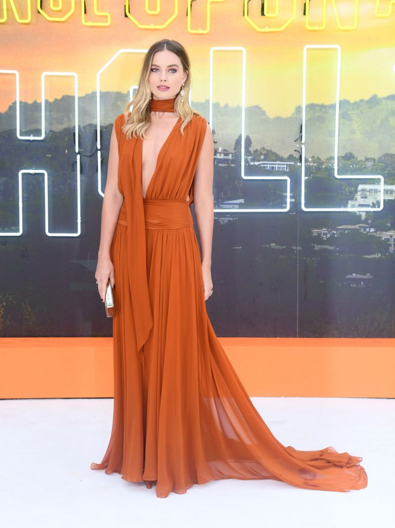 Margot Robbie – Once Upon a Time in Hollywood Premiere in London