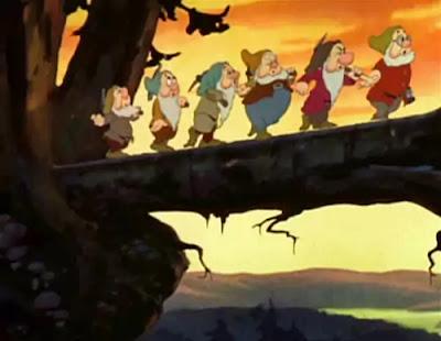 snow white story ki seven dwarfs.