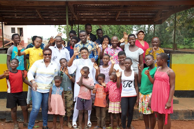 Photos: Gospel Musician, Ohemaa Mercy celebrates 40th Birthday with Kids at Christ Faith Foster Home