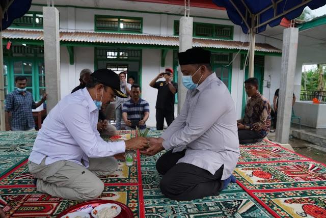 Mawardi Ali melakukan kunjungan kerja ke kecamatan Pulo Aceh