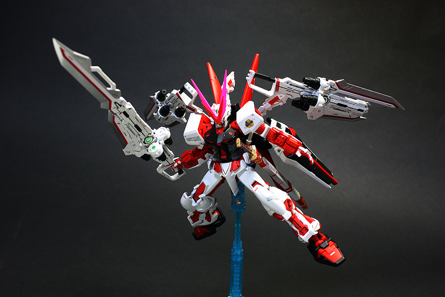 Hg 1 144 Mbf P02 Gundam Astray Red Dragon Red Frame