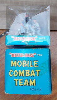 3 Blue Box Toys Hand Painted Mobile Combat Team Series 77643 Plastic Figures 30mm DSCN8875 30mm Toy Figures; 30mm Toy Soldiers; Boxed Toy; Carded Toy; Combat Team; Erwin Sell Make It Up; Female Soldier; French Resistance; Made in Hong Kong; Maquis; Rack Toy; Rack Toy Month; Resistance Fighters; RTM; Small Scale World; smallscaleworld.blogspot.com; Tai Sang Toys; Box ends photographed in close-up