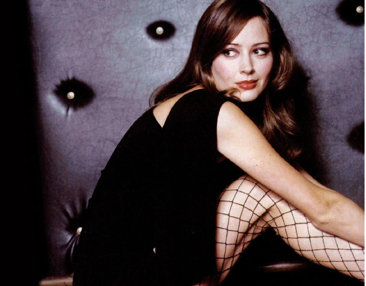 STAR FREE DOWNLOAD HD WALLPAPERS: Amy Acker Hd Wallpapers