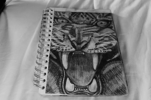 roaring tiger drawing