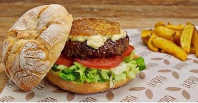 Hamburguesa de La Pepita Burger Bar en Vitoria