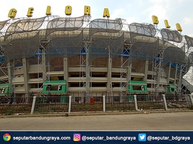 Pemkot Jamin Lapangan Stadion GBLA Bisa Digunakan
