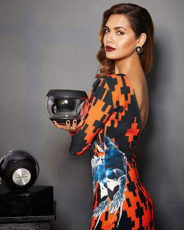 Esha-Gupta-looking-hot-in-multi-color-backless-gown-Exhibit-Magazine