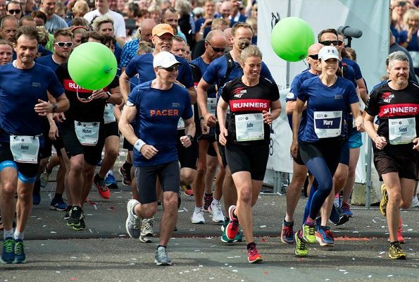 Crown Princess Mary started the One Mile Run, in which Prince Frederik participated in Royal Run. 50th birthday celebrations of Crown Prince Frederik