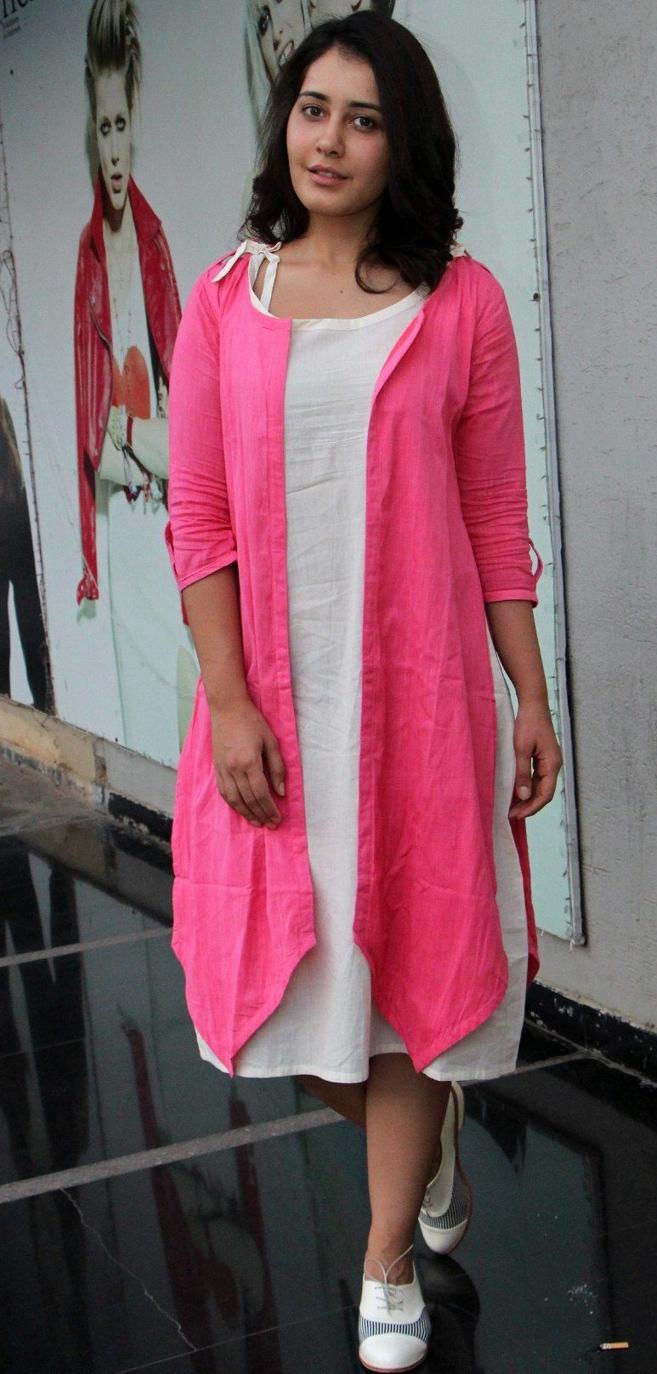 Tamil Actress Rashi Khanna Stills In Pink Dress ❤