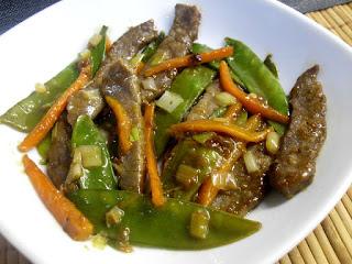 Ternera con tirabeques y zanahoria  en salsa de ostras