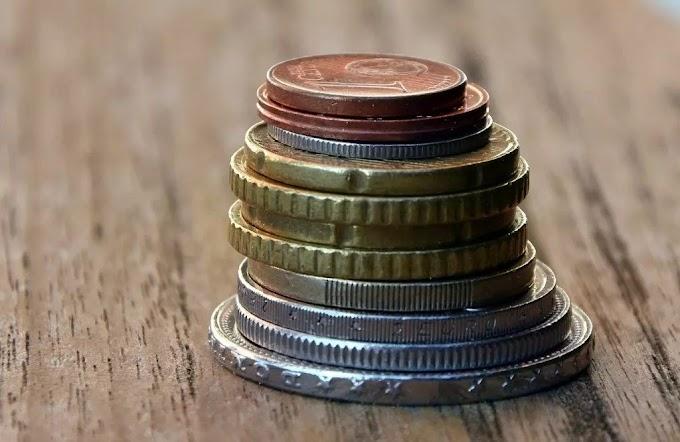 QUANTOS LADOS TEM UMA MOEDA? Uma moeda possui três lados! Ou não?