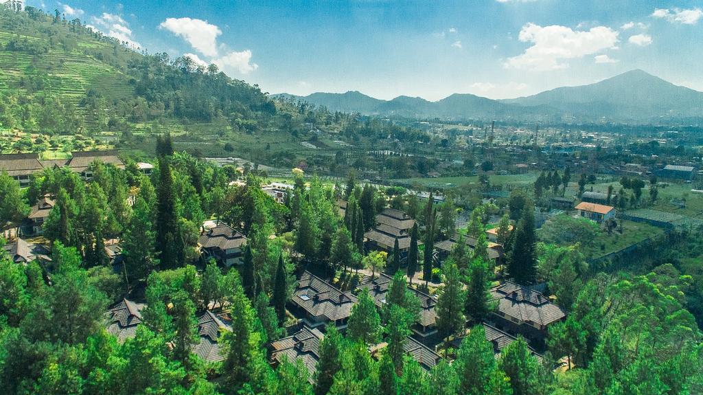 Puteri Gunung Hotel & Resort Lembang, Bandung Indonesia- Hotel Review