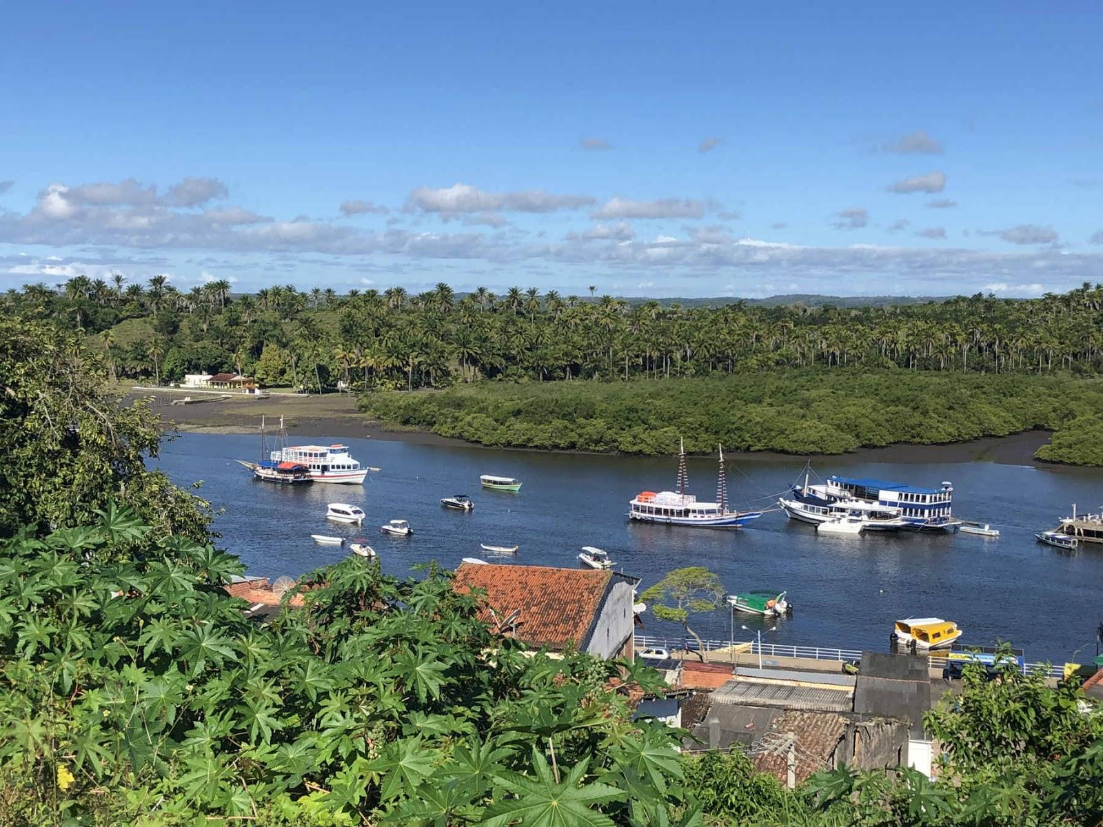 Vista da Baía de Camamu do centro histórico