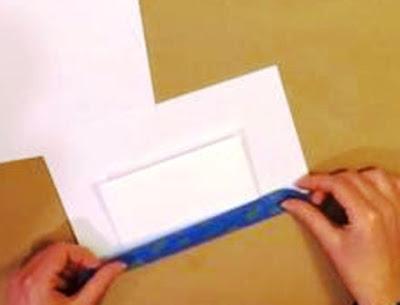 2 tutupi kertas yg tidak di warna