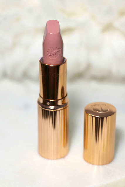 charlotte tilbury hot lips lipstick kim KW review