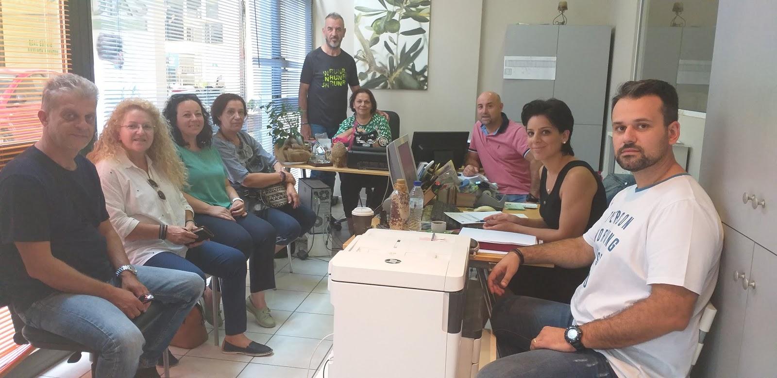 Δικτύωση των κοινωνικών παντοπωλείων Λάρισας και Βόλου