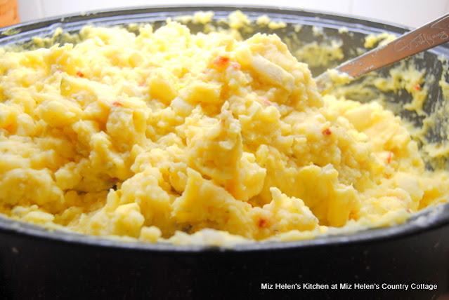 Mustard Potato Salad For 50 at Miz Helen's Country Cottage