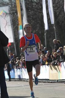 Haagin 2012 puolimaraton 1.06,34
