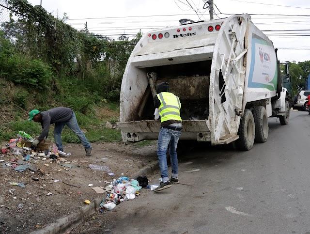Alcaldía de SDN inicia recolección de desechos mediante rutas y frecuencias en barrios de Sabana Perdida